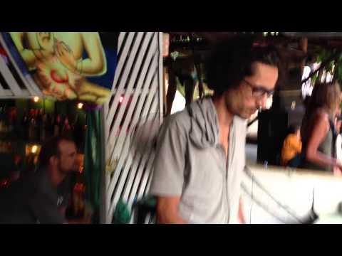 David Chong - Guy's Bar 2012 - Thaïland