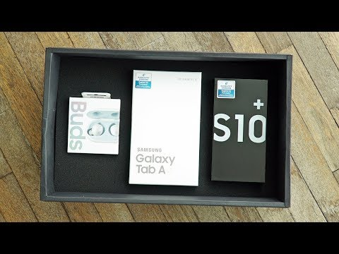 Unboxing the Galaxy S10+ Preorder Bundle! Mp3