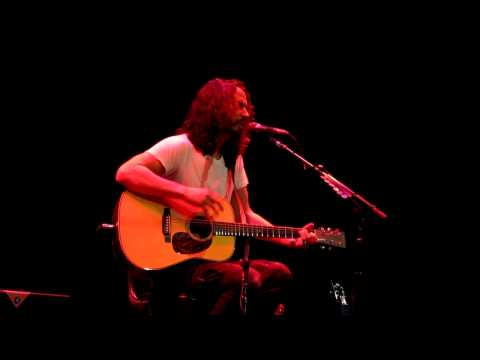 Chris Cornell - Billie Jean (Victoria 2011)