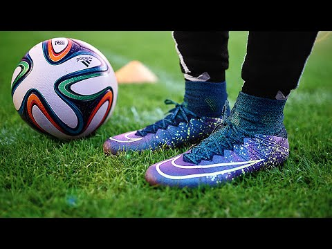 Nike Superfly IV Electro Flare - Test & Review By Freekickerz