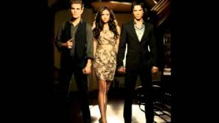 "The Vampire Diaries Digital Daggers"" Head Over Heels"""