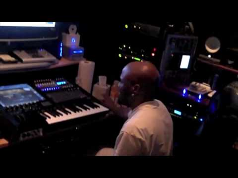 Teddy Riley in the studio on 9/2/2009