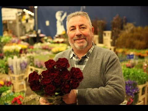 Dennis Edwards, 48 years selling flowers in Covent Garden - Londoner #66