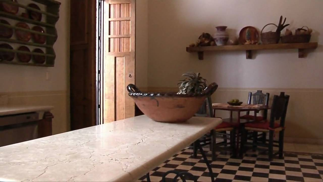 Estilo colonial santa ana youtube - Decoracion de casas antiguas ...