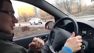 Как делают мужчины и как делают женщины за рулём (способы вождения автомобиля)