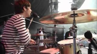 Kaiser Chiefs - Ruby /  I Predict A Riot (Fuji Rock Festival