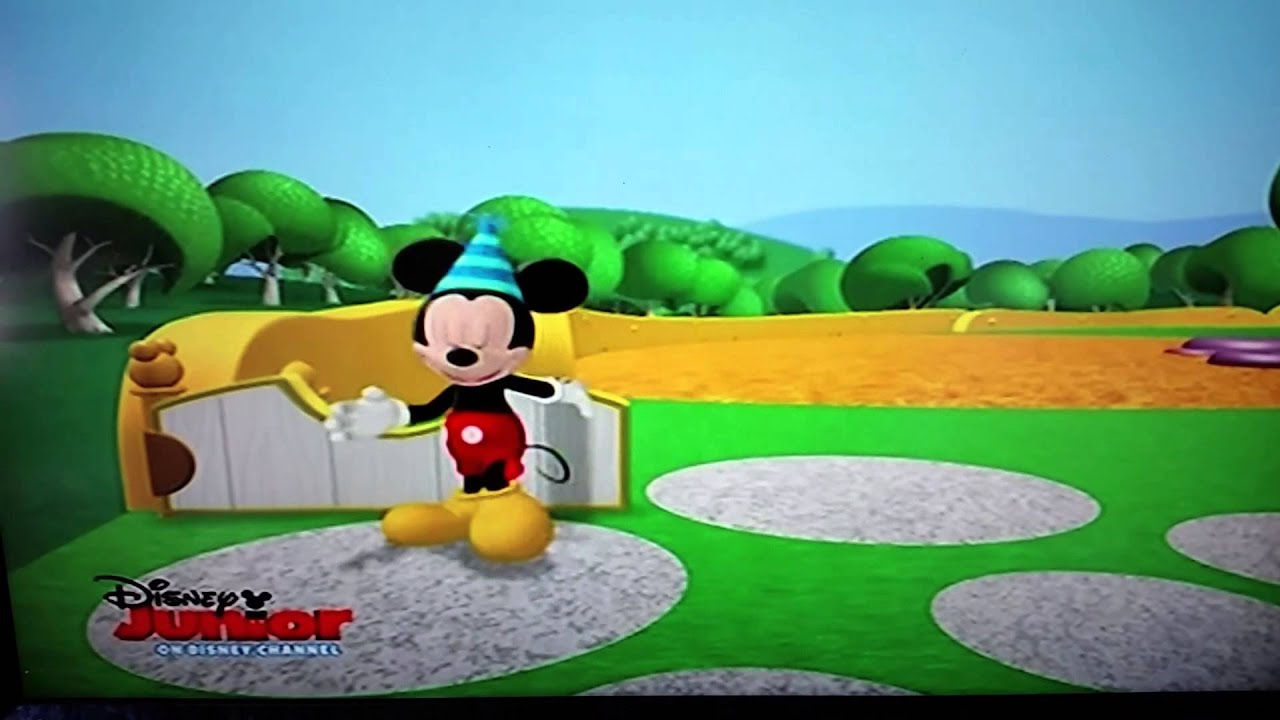 Play Mickey Mouse Hot Dog Song