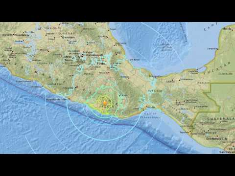 Powerful 7.2m earthquake rocks Mexico (footage)