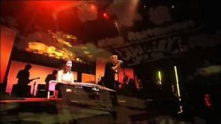 Gorillaz - Hong Kong (Demon Days Live)