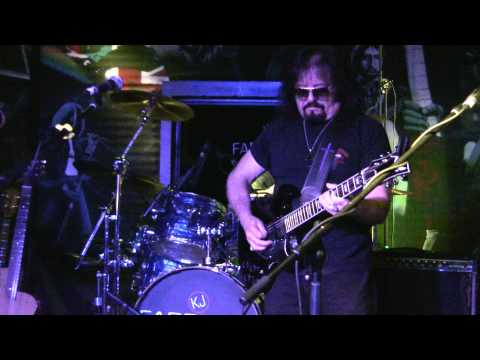 "Vince Martell - Live at KJ Farrell's - ""Rumble"""