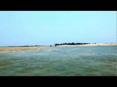 Madagascar Morondava River モンダバリバー.MOV