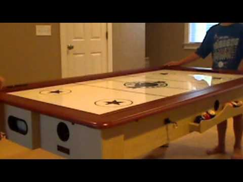 Genial Air Hockey / Pool Table