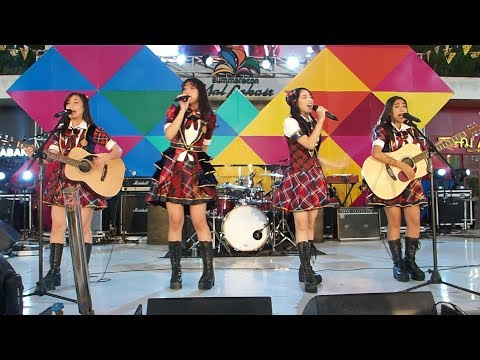 JKT48 Acoustic performance @ Traxkustik_Summarecon Mal Bekasi_09122017