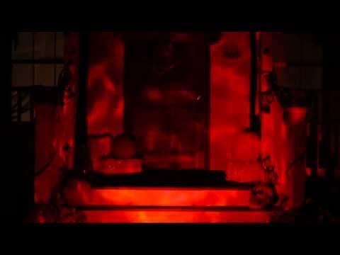 Видео: Fire  Ice LED Red Spot Light - Spirit Halloween