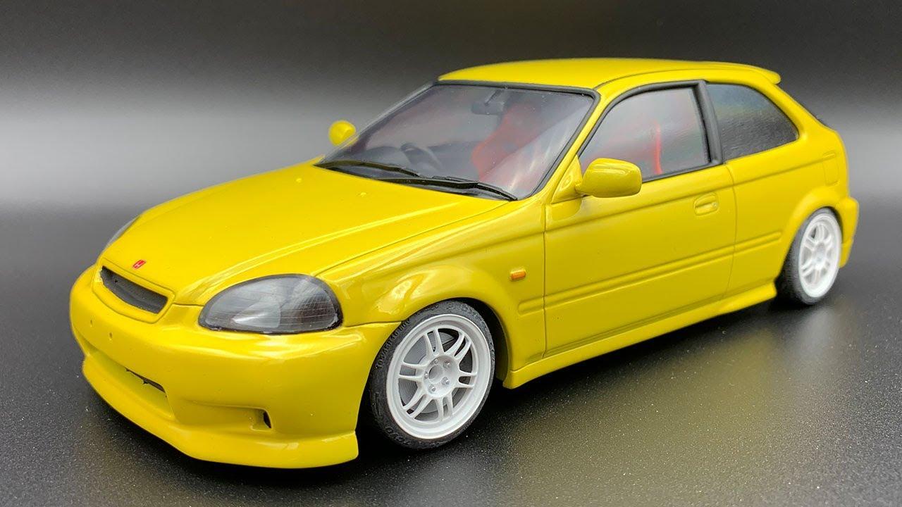 CHEVROLET VEGA 1974 1:24 Scale Diecast Car Model Die Cast Miniature Yellow