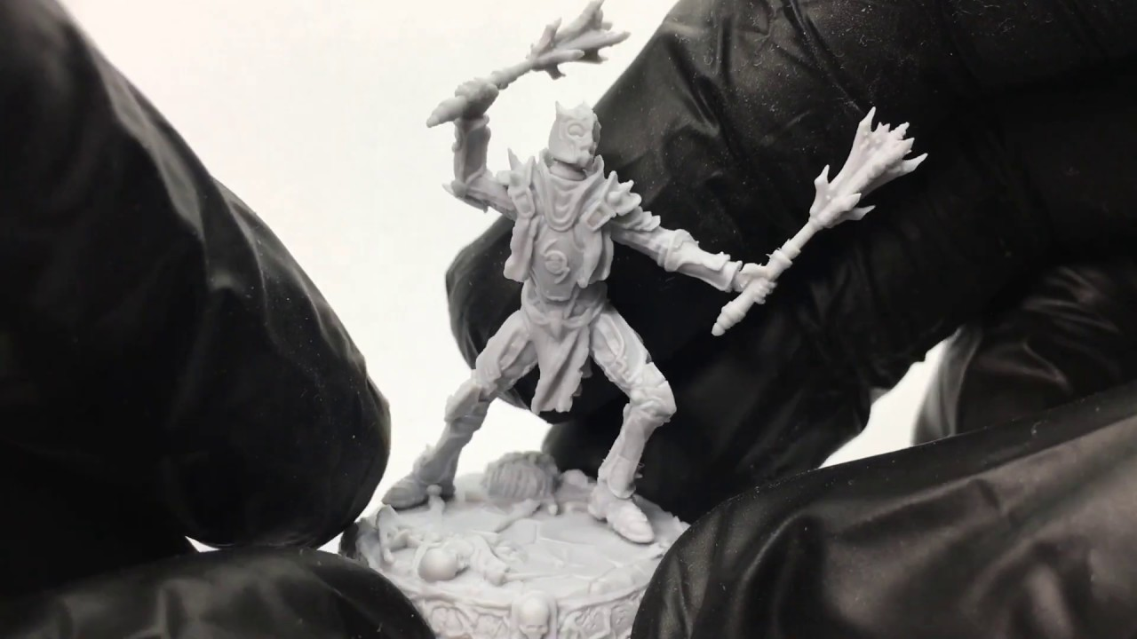 28mm Undead Knight miniature. Component review and assembling