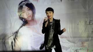 2014.03.09 張韶涵 - 為愛而活 live (台中中友百貨簽唱會)