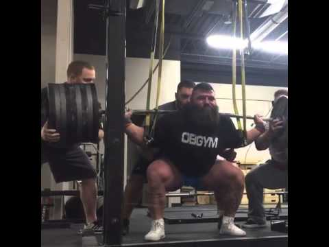 Robb Philippus 900 squat