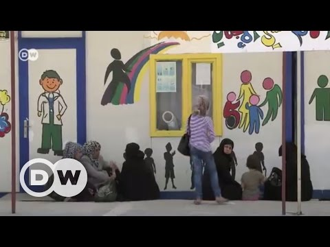 Suriye sınırında kadın pazarı