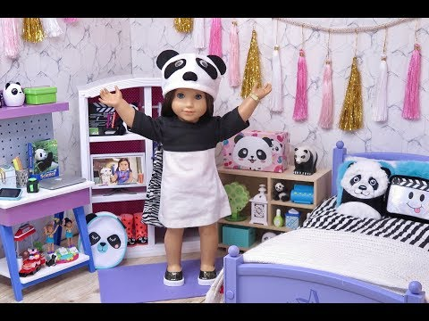 American Doll Bedroom For Panda Bears And Dress Up In Doll Room With Panda Toys!
