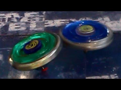 Beyblade Ray Striker D125CS vs Spiral Capricorn 90MF!