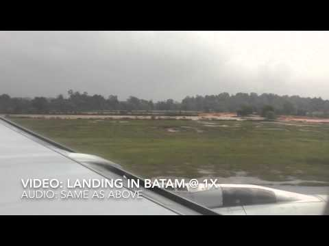 Singapore Airlines SQ 997 - Aborted Landing - Bad Weather in Singapore