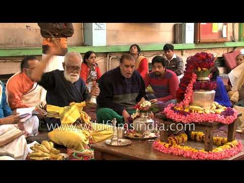 Hindu religious festival in India: entire Maha Shivratri havan - uncut
