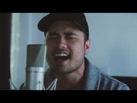 Body On Me - Rita Ora feat Chris Brown (Cover by Travis Atreo)