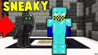 SNEAKING INTO ENEMIES BASE! | Minecraft WAR #10