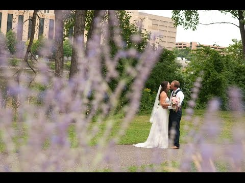 Nicollet Island Pavilion-Minneapolis Wedding Photographers- Kristi & Jerad