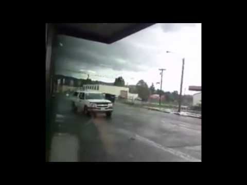 Tornado hits Longview, Washington
