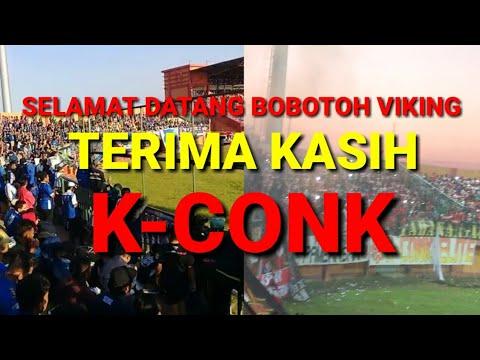 K-CONK DAN BOBOTOH VIKING BERBALAS NYANYIAN DI STADION PAMEKASAN
