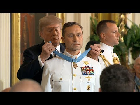Pres. Donald Trump presents the Medal of Honor | ABC News