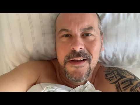 Dietmar Wischmeyer - Deutsche Helden Live (DVD Trailer) from YouTube · Duration:  2 minutes
