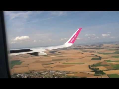 Landing Beauvais LFOB (France) runway 30 Wizz Air Airbus A320 W64045 - YouTube