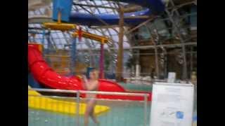 Аквапарк Донецк(Супер! Море с волнами, имитация речки, джакузи., 2013-02-19T19:51:59.000Z)