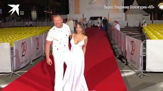 Беркова без белья затмила всех на «Кинотавра»