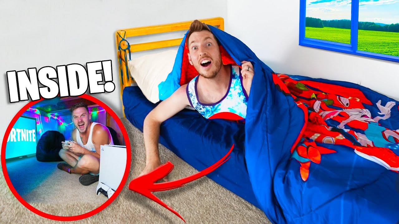 Secret Hidden BED Entrance to Epic GAMING FORT!