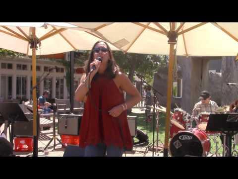 Kosmic Blues (Stacie Strassberg) at Marin Country Mart 7/24/16