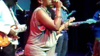 Lorna Asher & The Ruff Cut Band @ The Tabernacle London W11 04-06-2010.mp4