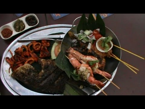 Indonesian Seafood Restaurant, A night out in Singapore.