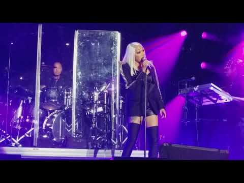 MONICA Before u Walk out My Life LIVE - (XSCAPE REUNION Tour) Norfolk 2017