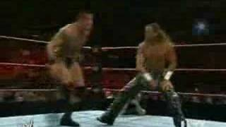 Shawn Michaels vs Randy Orton - www.eswrestling.com