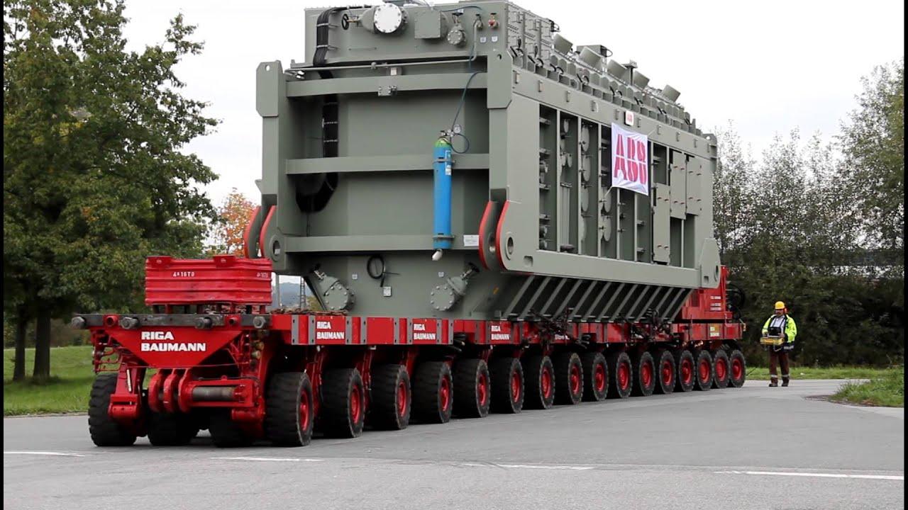 SelfPropelled Modular Transporter SPMT with a