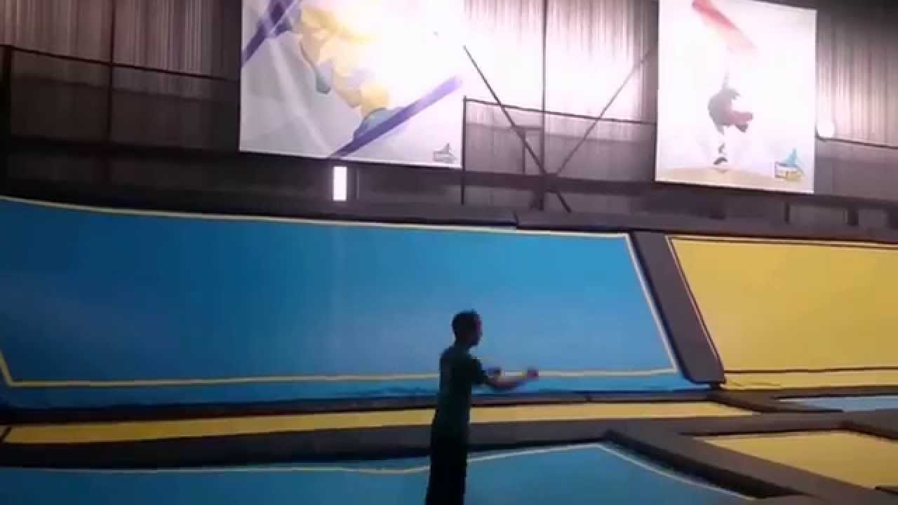 double back trampoline park bordeaux maine court youtube. Black Bedroom Furniture Sets. Home Design Ideas