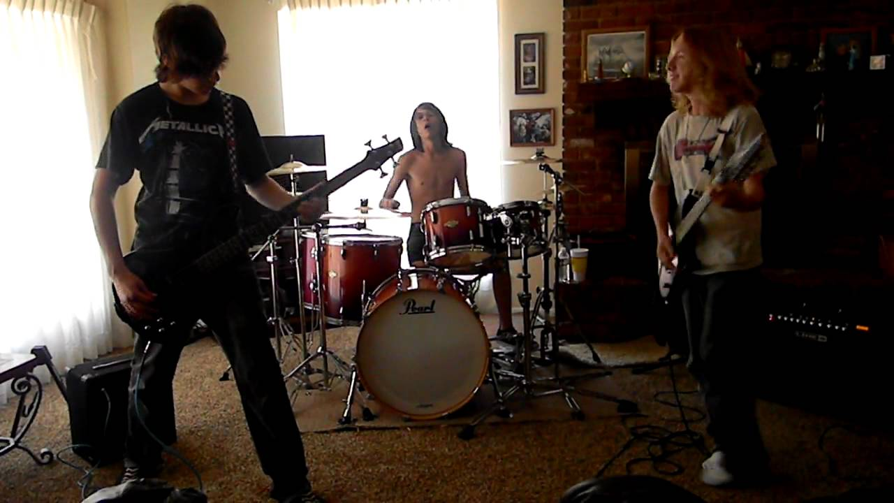 avenged sevenfold bat country band cover youtube. Black Bedroom Furniture Sets. Home Design Ideas