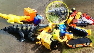 Wow! Amazing The Battle Between  Giant Crocodile and the Truck for Kids - Toys Kids Channel