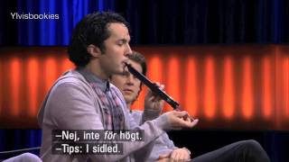 Ylvis on Robins 2015: The slide whistle game (Eng subs)