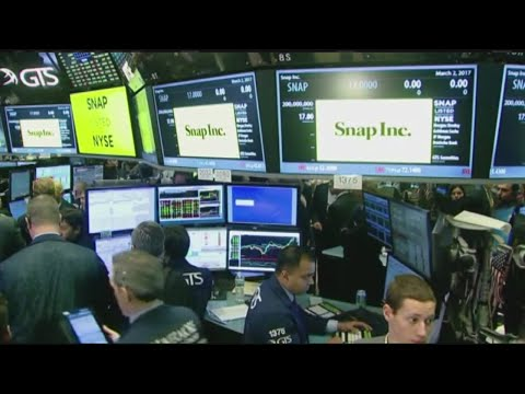 Dow Jones Industrial Average nears 22,000