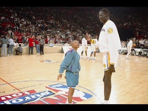 How Michael Jordan Ruined Muggsy Bogues' NBA Career By Calling Him Midget During A Playoff Game?